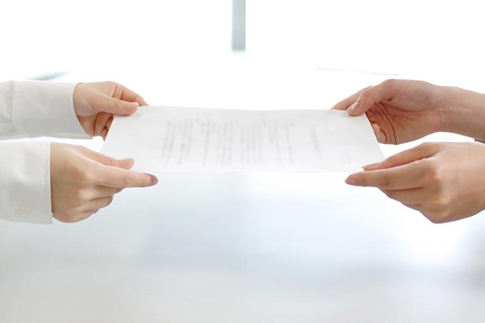 従業員雇用のリスクを把握し、必要な規程を整備しましょう。
